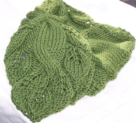 Knitting Pattern Twisted Scarf : Scarf Knitting Pattern Twisted Vine from KnitChicGrace on Etsy Studio