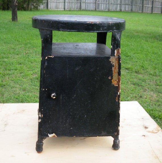 HALF PRICE Vintage Metal Step Stool Workseat By