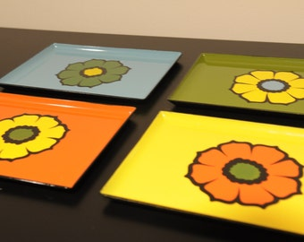 Set of four vintage lacquer ware trays with flower motif