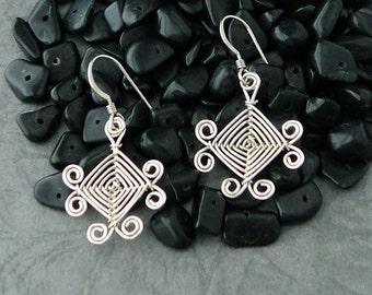Hand Woven Sterling Silver Wire Earrings, Scroll Ojos Earrings