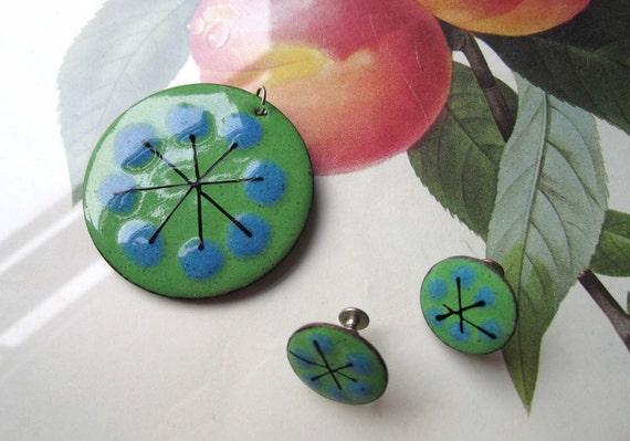 Vintage  Enamel pendant and errings
