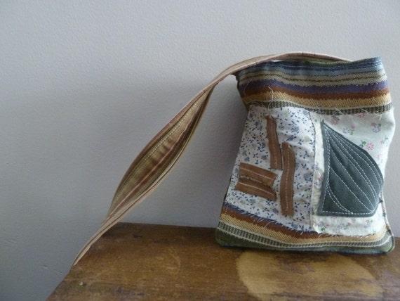 SALE - the mini natural geometry bag...