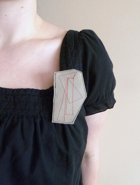 SALE .. the simple geometry pin...
