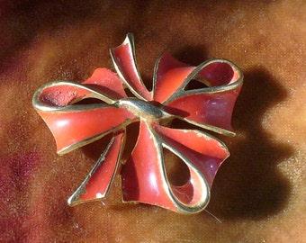 Sweetheart Red Bow Enameled Brooch Pin Vintage
