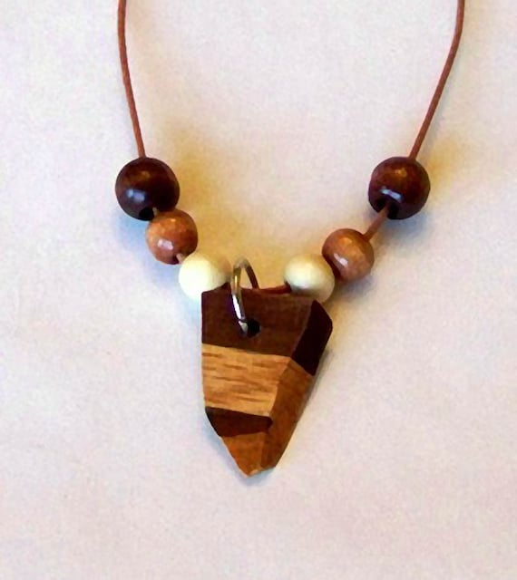 wooden necklace 10