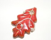 Wired Ceramic Red Leaf Pendant