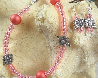 Peach frosted glass & seed bead bracelet w/earring