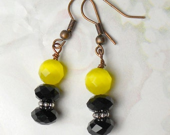 Bumble Bee earrings in yellow and black