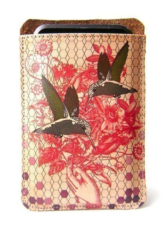 Leather ipod ,itouch,iphone case - hummingbird & flower