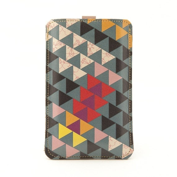 Leather iPhone (ALL) iTouch (ALL) HTC (Mozart/Desire) case - Triangles