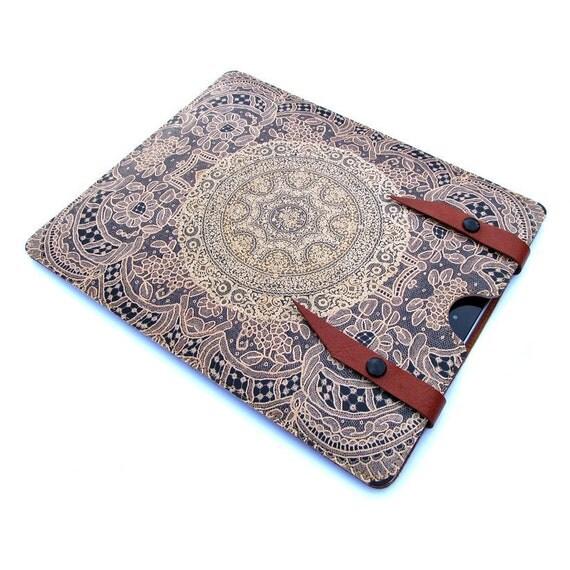 Leather iPad case - Elegant lace