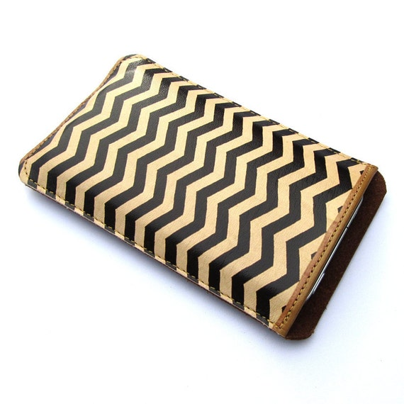 Leather iPhone (All) iTouch (All) sleeve case - Chevron Zig Zag design