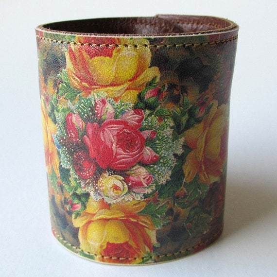 Leather cuff / wallet wristband - Victorian roses