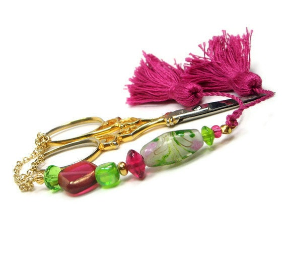 Beaded Scissor Fob, Quilting, Sewing, Cross Stitch, Gift for Crafter, Deep Rose, Spring Green, DIY Crafts, TJBdesigns, Direct Checkout
