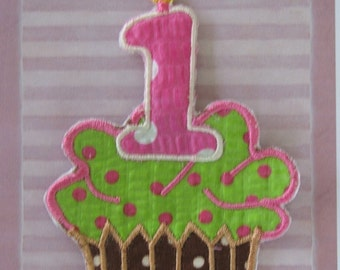 Applique cupcake iron-on patch