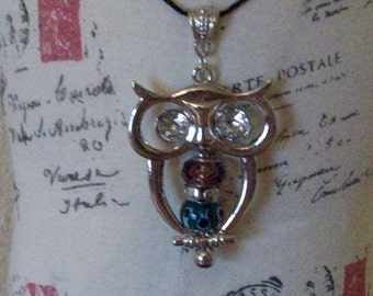 Owl Beaded Necklace      free shipping