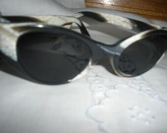 sale,Wonderful 1960s Prescriptions Black and Grey, ANIMAL, Zebra design 'Sunglasses' , Excellent Condition