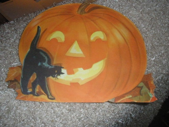 Sale,2 pumpkin DECORATIONS, Scary Cat(free) w/ purchase of Pumpkin, fantastic condition, Vintage Hallmark on one, USA made, LAST two
