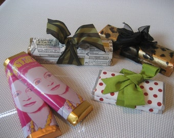Custom Wedding or Party Favors - Chocolate Bars (Any Size)
