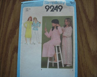 Vintage Simplicity Pattern 9249 Girls' 12