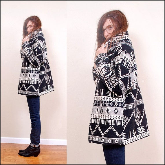 FREE Worldwide Shipping VINTAGE Native American Tapestry Jacket