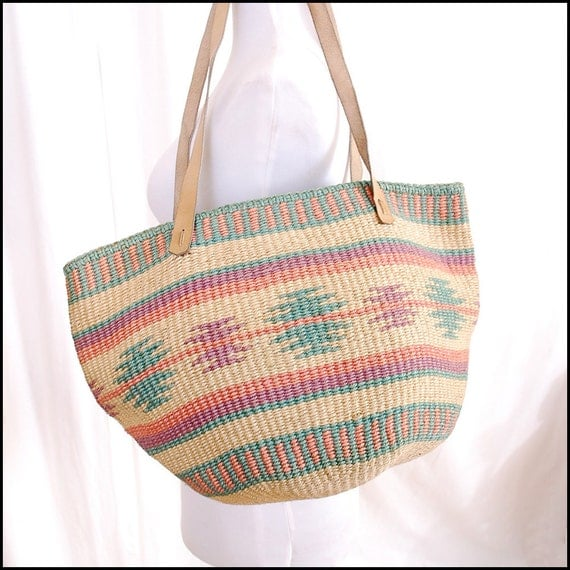 Vintage Southwest Bag Woven Bag Tote - native american print, pink pastels, geometric, leather straps, 70s 80s - Free Worldwide Shipping
