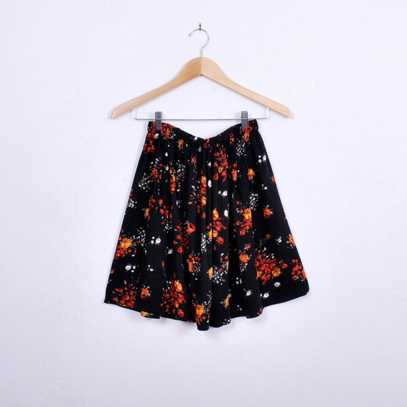 Adorable Handmade Mini Skirt - one size - black cotton, red and orange rose floral print - FREE worlwide shipping