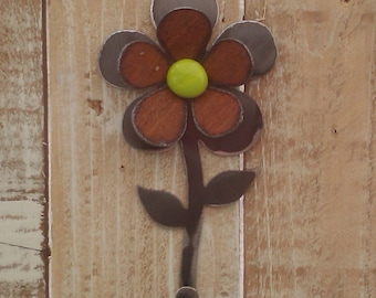 NEW - Metal Glass Flower Hook
