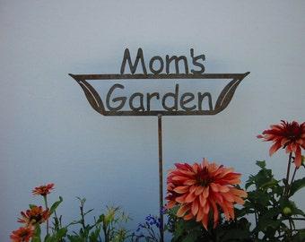 GREAT Moms GIFT Mom's Garden - Nana's Garden - Grandma's Garden - Metal Garden Stake Sign