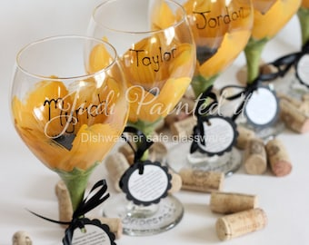 Bridesmaid hand painted wine glasses in a sunflower design.  Set of 6 - FREE personalization and dishwasher safe