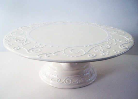 glamorous wedding cake stand wedding cake stand white on white 14712