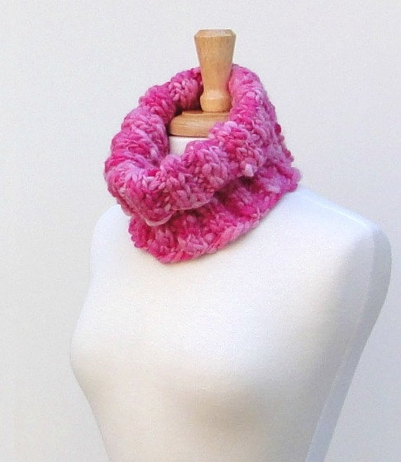 Pink Knitted Cowl, Ribbed Knit Cowl Scarf, Chunky Warm Loop Scarf