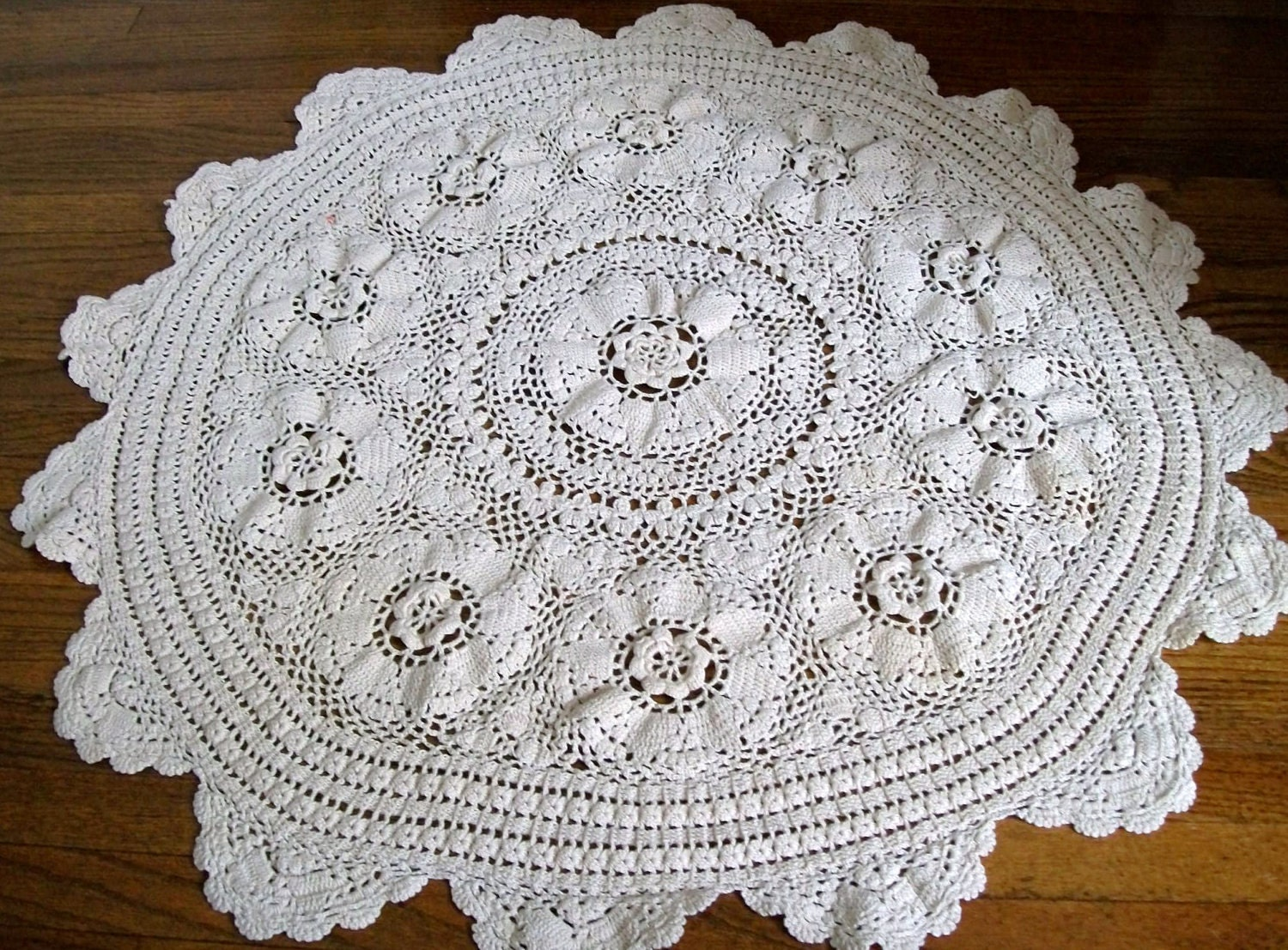 Vintage Crochet Tablecloth Round Tablecloth Crocheted Flower