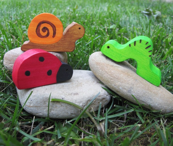 Wooden Bug Trio Waldorf Toy Natural snail ladybug inchworm