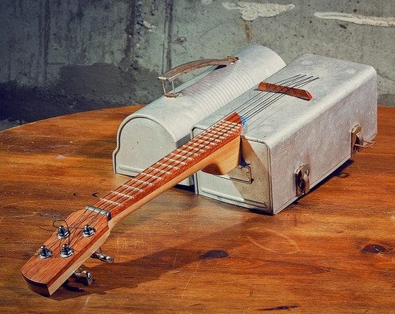 Metal Lunchbox Ukulele