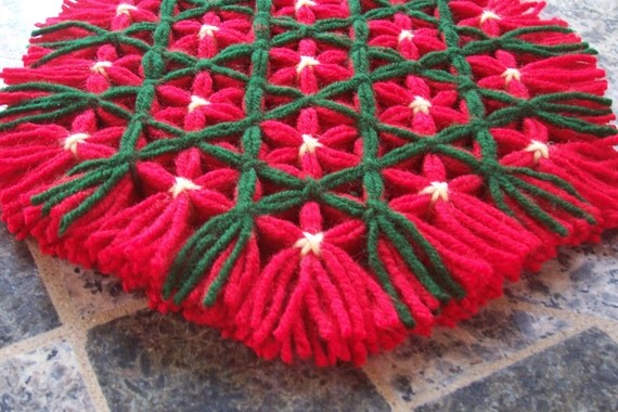 Retro Woven Kitchen Trivet - Hot Pad Red and Green Light Yellow Yarn