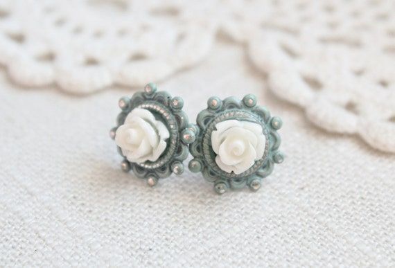 Shabby chic blue and cream rose earrings.  Post style.