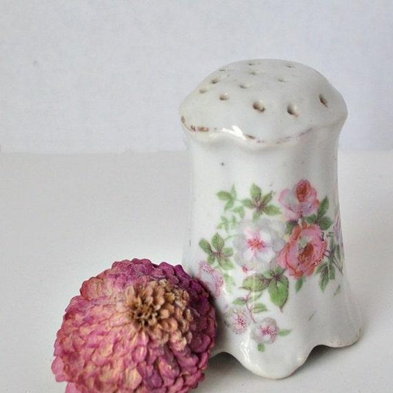 Floral Bath Powder Shaker Sweet and Feminine