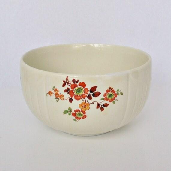 Hall Autumn Flowers Medium Mixing Bowl - Has A Sweet Provenance