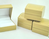 12 gold accented leatherette ring presentation boxes