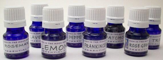 Essential Essential Oils Kit - 8 Pure Therapeutic  Grade Oils - Lavender Rosemary Lemon Peppermint Patchouli Tea Tree Frankincense Geranium
