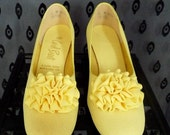 15 SALE   LEMON vintage rosette shoes