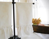 DISH TOWEL..ruffled....a pair of 100% linen (set of 2)