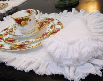 Lily...linen napkins set of 4 .....with frayed ruffle
