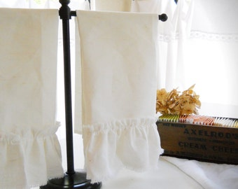 DISH TOWEL..ruffled....a pair of 100% linen (set of 2)