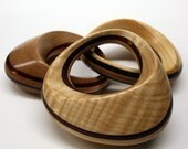 Timbur Rattle (Maple Walnut)