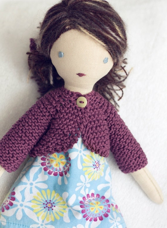 Lulu - dressable cloth doll