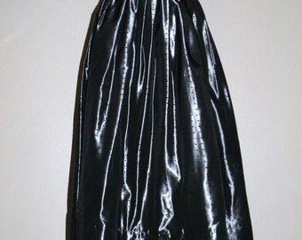 LAURA ASHLEY Platinum Taffeta Party Skirt with Tiny Black Dots Made in Ireland Size S