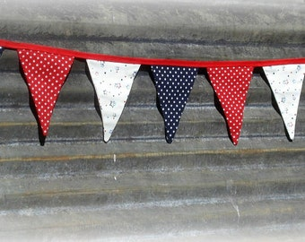 Memorial Day, 4th of July fabric patriotic red, white, and blue star banner garland