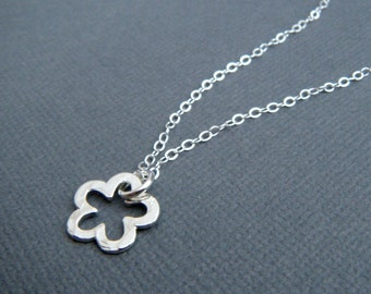 silver flower necklace. sterling pendant. small. simple. hammered. minimalist. everyday. 1/2 inch. ready to ship